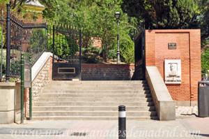 Retiro, Puerta de Mariano de Cavia