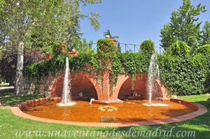 Retiro, Jardines de Cecilio Rodríguez, Estanque rústico y Puente