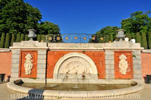 Retiro, Jardín del Parterre, Fuente de los Tritones
