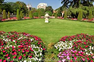 Retiro, Jardín del Parterre, cuadro del Jarrón francés