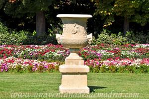 Retiro, Jardín del Parterre, Jarrones Franceses