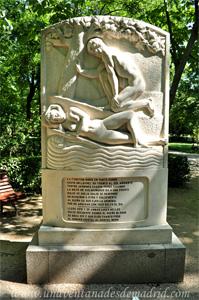 Retiro, Cara Norte del Monumento a Luis de Góngora