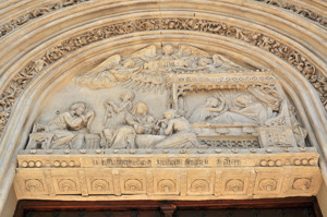 Madrid Siglo XV, Detalle representando la Natividad de la Virgen en la portada de la Iglesia de San Jerónimo el Real