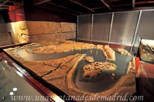 Templo de Debod, Maqueta de los templos de la región de Nubia existente en la terraza