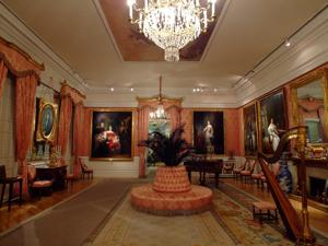 Museo del Romanticismo, Sala IV, El Salón de Baile
