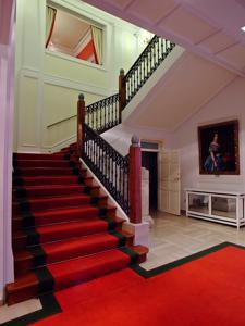 Museo del Romanticismo, Escalera de acceso a la planta noble