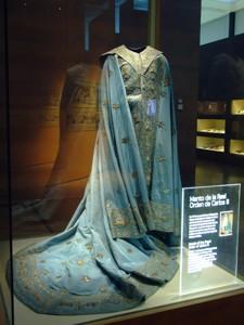 Museo del Traje, Manto de la Real Orden de Carlos III