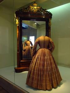 Museo del Traje, Sala Romanticismo