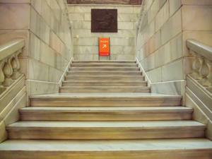 Museo Geominero, Escalera acceso