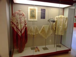 Museo Nacional de Antropolog�a, Indumentaria y Adorno, Filipinas