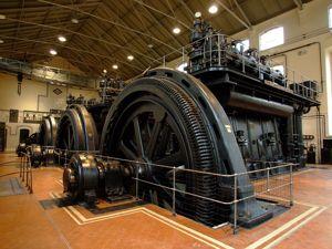 Nave de Motores de Pacífico, Motores y alternadores