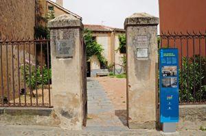 Entrada al jardín de la Casa-Museo de Antonio Machado