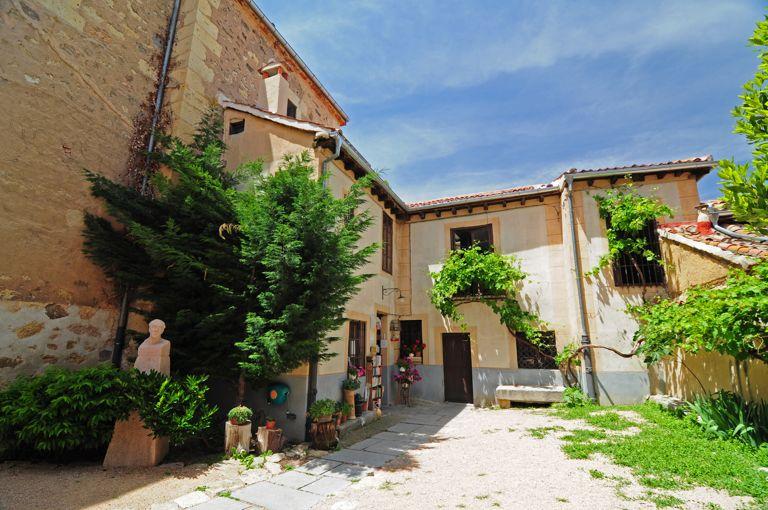 Segovia casa museo de antonio machado for Casa y jardin madrid