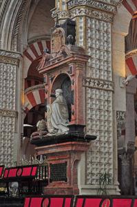 Mezquita de Córdoba, Sepultura del obispo Mardones