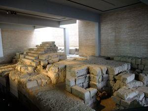 Córdoba, Teatro romano, escalera de acceso al graderío