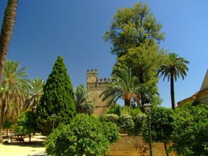 Córdoba, Alcázar de Córdoba desde el Campo Santo de los Mártires