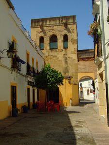 Córdoba, Torre de Belén desde la Calle San Basilio