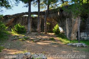 Cuenca, la Ciudad Encantada, La Lucha entre el Elefante y el Cocodrilo