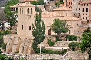 Cuenca, Iglesia de San Miguel desde la Plaza del Carmen