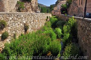 Cuenca, Río Huécar a su paso por la Calle de la Puerta de Valencia