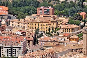 Cuenca, Hospital de Santiago visto desde el Cerro del Socorro