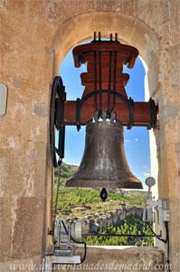 """Cuenca, Iglesia de San Pedro, Campana """"Santiago y San Pedro"""""""