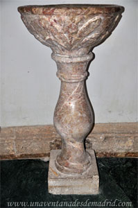 Cuenca, Iglesia de San Pedro, Pila del Agua Bendita