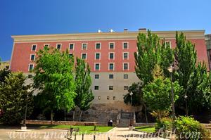 Cuenca, Fachada Suroeste de las Escuelas Palafox
