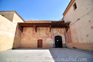 Monasterio de San Antonio el Real, Compás de la Iglesia