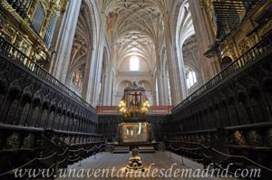Catedral de Segovia, Coro con el facistol en primer lugar