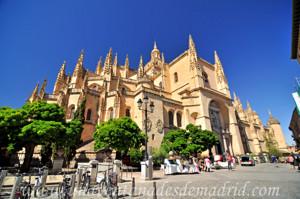 Catedral de Segovia, Fachada Norte y Ábside desde la Plaza Mayor