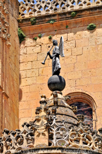 Catedral de Segovia, Ángel trompetero