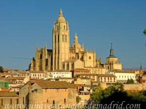 Catedral de Segovia, Fachada Oeste y Sur desde El Pinarillo