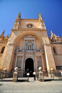 Catedral de Segovia, Portada de San Frutos