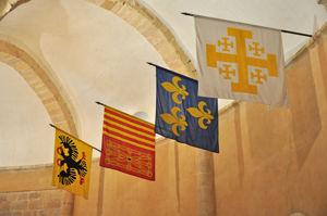Banderas de las Lenguas de Alemania, Aragón y Navarra, Francia y Provenza en la Iglesia de la Vera Cruz