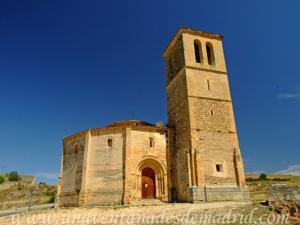 Segovia, Entrada Sur de la Iglesia de la Vera Cruz