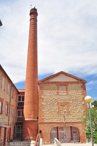 Segovia, Chimenea de la fábrica de Harinas de Carretero