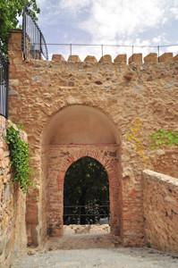Murallas de Segovia, Postigo de San Juan