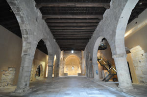 Vista de San Juan de los Caballeros desde la entrada principal