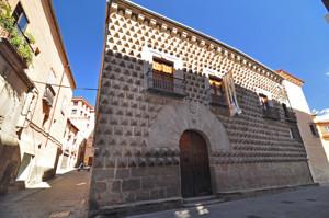 Segovia, Casa de los Picos