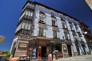 Segovia, Viviendas en la Calle Juan Bravo, 56