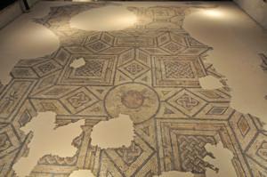 Antiquarium de Sevilla, Mosaico de Medusa