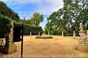 Sevilla, Parque de María Luisa - Jardines de las Delicias, Glorieta de Haití (16)