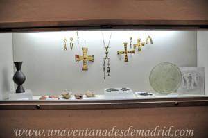 Museo Arqueológico de Sevilla, Vitrina conteniendo objetos paleocristianos