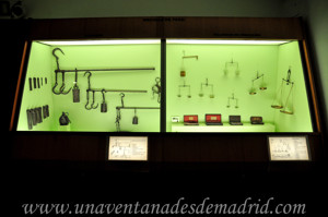 Museo de Artes y Costumbres populares de Sevilla, Balanzas de precisión y romanas