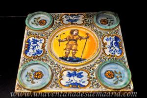 Museo de Artes y Costumbres populares de Sevilla, Tintero de Cerámica de Talavera, siglo XVIII