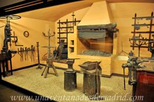 Museo de Artes y Costumbres populares de Sevilla, Sala XI: Fragua