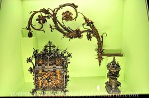 Museo de Artes y Costumbres populares de Sevilla, Sala VIII: La transformación de los metales