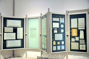 Museo de Artes y Costumbres populares de Sevilla, Sala I: Bordados