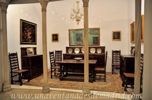 Museo de Artes y Costumbres populares de Sevilla, Comedor de la vivienda de la familia Díaz Velázquez